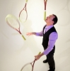 light-3-rackets-with-chin-balance-wearing-vest